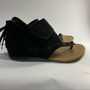 ⭐️3 for $25⭐️ George Sandals